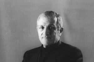 Don Tonino Bello. Nato ad Alessano il 18 Marzo 1935 e Morto a Molfetta il 20 aprile 1993 .