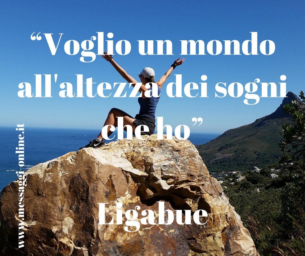 """Luciano Ligabue: """"Voglio un mondo all'altezza dei sogni che ho""""."""